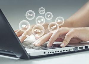 Domainin valinta: löydy, erotu ja herätä luottamusta